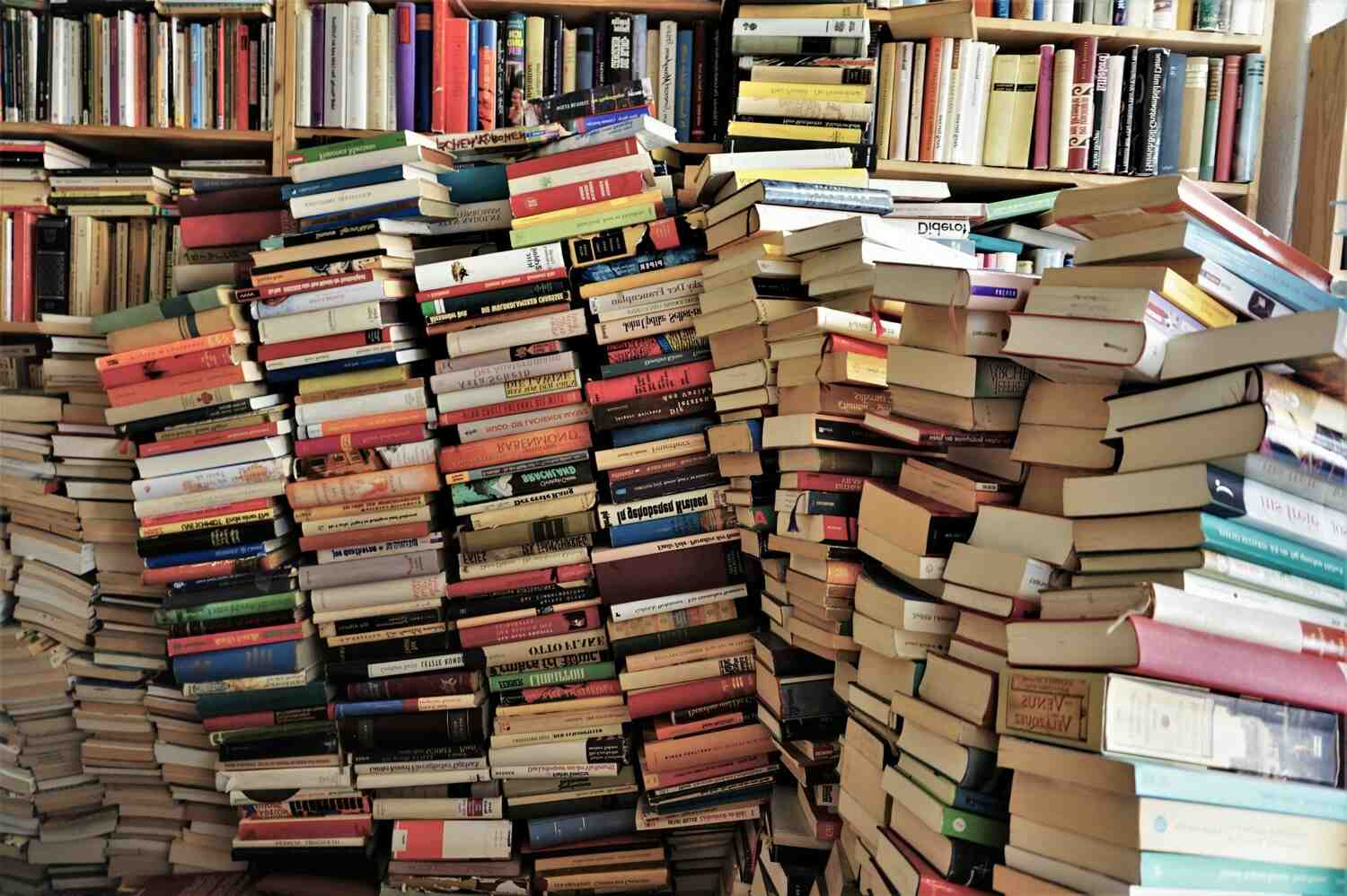 How many books are there in the world